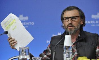 César Vega, diputado del Partido Ecologista Radical Intransigente (PERI)