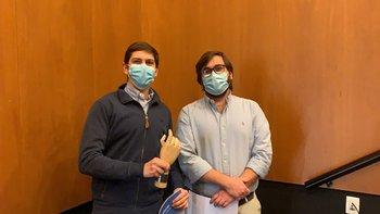 Ignacio Lorenzo y Christian Eichin ganaron el primer premio de los Desafíos AgTech.