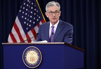 """La Reserva Federal sostendrá la economía """"tanto tiempo como sea necesario"""", aseguró el presidente del organismo, Jerome Powell"""