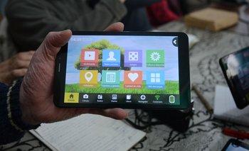 El investigador entrevistó a 26 personas de Minas que usan la tablet del Ibirapitá.