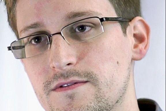 Publicarán memorias de Edward Snowden en septiembre