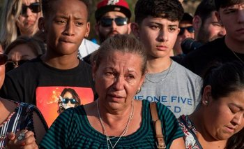 """El tiroteo colectivo que dejó al menos 22 muertos en El Paso está siendo tratado por las autoridades como un caso de """"terrorismo doméstico""""."""