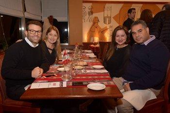 Freddy Puente, Verónica Isturiz, Silvia Arellano y Adolfo Castejon