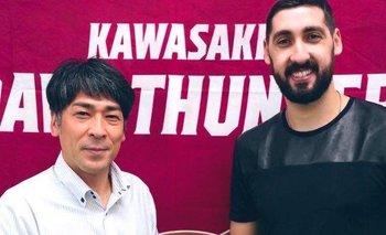 El uruguayo Mathías Calfani fue presentado como nuevo jugador de Kasawaki Brave Thunders de Japón