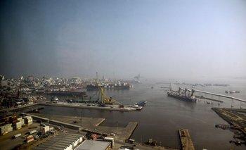 El buque partió desde España hacia las Islas Malvinas o Falkands y aprovechó una parada técnica en Montevideo para testear al personal