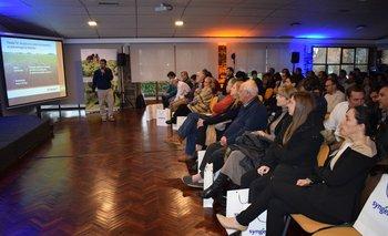 El seminario se desarrolló en instalaciones del hotel Nirvana, en Coloniza Suiza.