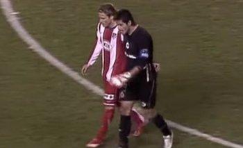 Diego Forlán y Gustavo Munúa, uno en Atlético de Madrid y el otro en Deportivo La Coruña