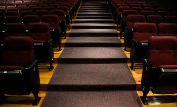 Pese al cierre y la falta de público, las salas continúan pagando gastos fijos y de mantenimiento.