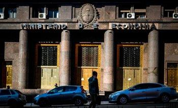 El dolar blue en Argentina retrocedió y cotizó a la baja
