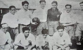 Cabrera, Arsenio Fernández, Marcelino Pérez, Eduardo García, Andriolo y Chifflet, parados; abajo, Arispe, Aníbal  Ciocca y Enrique Fernández