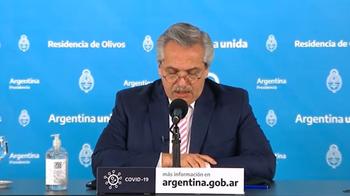 El escándalo por la vacunación VIP se desató en febrero y provocó la renuncia del hasta entonces ministro de Salud, Ginés González García