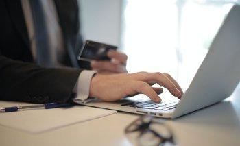 Los bancos privados sugieren el uso de cajeros automáticos y canales digitales