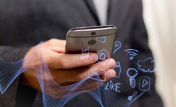 Bruno Patino analiza la sociedad actual como consecuencia del internet