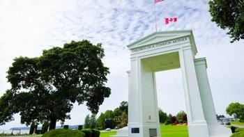 El Arco de la Paz se erigió en 1921 para conmemorar el Tratado de Gante, que puso fin a la Guerra de 1812