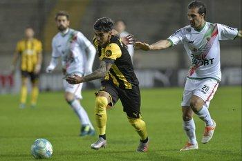 Torres escapa de Pablo Álvarez