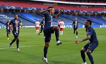 Marquinhos celebra el gol de la apertura