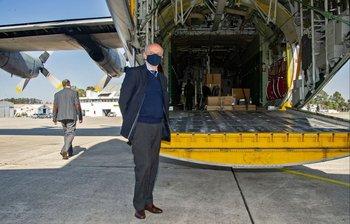 Durante la pandemia, las aeronaves trasladaron dentro de Uruguay y desde el exterior, materiales médicos por la emergencia sanitaria, o trajeron recientemente un radar desde España