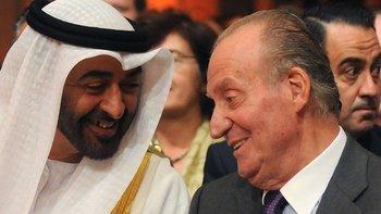 Juan Carlos I mantiene una buena amistad con el gobernante de Abu Dabi y de facto de los EUA, Mohamed bin Zayed al Nahyan.