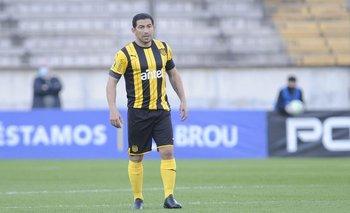 Walter Gargano volvió a jugar en Peñarol tras su lesión de rodilla