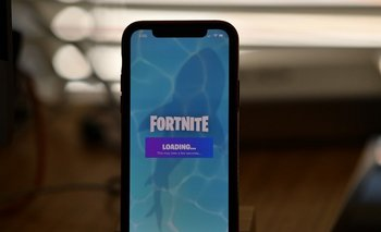 Fortnite se enfrenta a Apple.