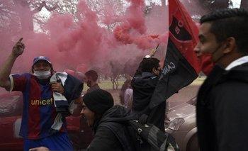 Caravana de hinchas en Rosario por la vuelta de Messi a Newell