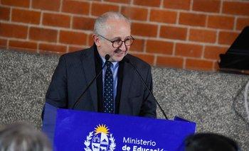 """El ministro dijo que ver a la educación secundaria como preámbulo de la universidad era parte de una """"visión elitista"""""""