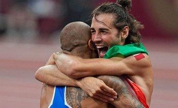 Jacobs y Tamberi celebrando el doble oro de Italia el domingo en atletismo.