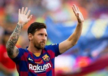 Lionel Messi abandonará Barcelona luego de convertirse en el jugador con más partidos, victorias y goles anotados en el club