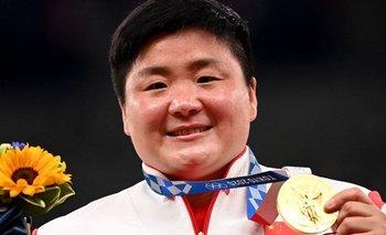 Gong Lijiao ganó la medalla de oro en lanzamiento de bala en Tokio