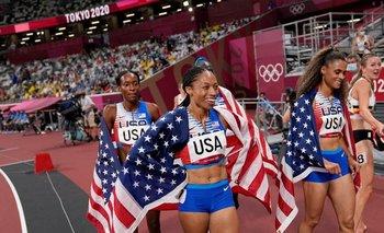 Allyson Felix celebra su medalla número 11 en cinco Juegos Olímpicos