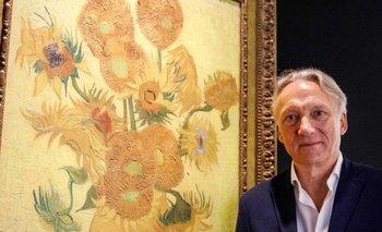 """Willem van Gogh con el famoso cuadro """"Los Girasoles"""""""