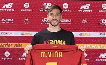La camiseta de la Roma lleva los mismos colores que su cuadro de baby fútbol