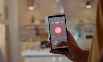 Hay diferentes dispositivos que pueden manipularse con el smartphone.