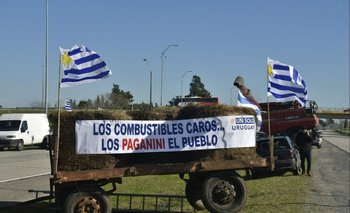 Un Solo Uruguay se moviliza en contra del aumento de combustibles
