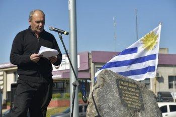 Julian Cabrera leyó la proclama de Un Solo Uruguay en San José.