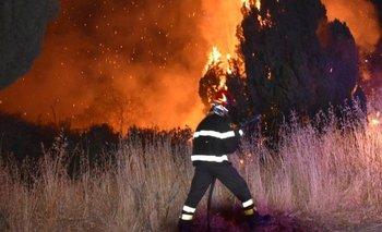 La ola de calor del Mediterráneo provoca la propagación de incendios forestales en casi todo el sur de Italia