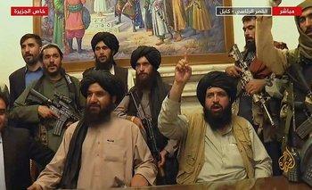 Los talibanes tomaron el palacio presidencial el domingo