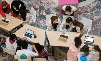 El Parlamento y Plan Ceibal celebraron el Día de la Niñez con una muestra de tecnologías educativas