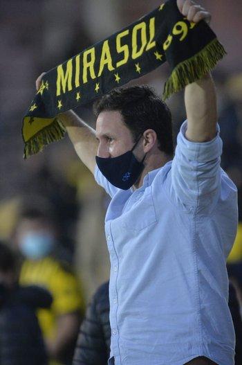 El nombre de Peñarol se escuchó en todo el estadio con el retorno del público