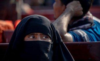 La palabra hijab describe el acto de cubrirse en general, pero a menudo se usa para describir los pañuelos que usan las mujeres musulmanas.Estos vienen en muchos estilos y colores.