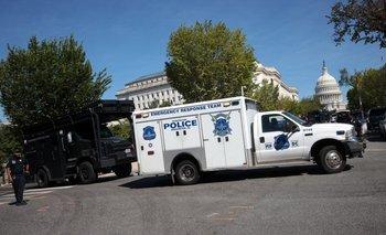 La policía rodeó el Capitolio ante la amenaza de bomba