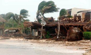 Vista general de la zona hotelera en Tulum durante el paso del huracán Grace, estado de Quintana Roo (México), el 20 de agosto de 2021
