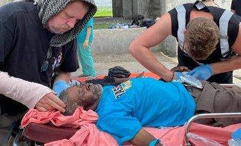 Etienne resultó herido luego de que su casa colapsara tras el terremoto