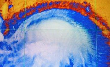 La tormenta se intensificó y se convirtió en un huracán este fin de semana