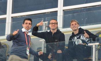 Pérez, Laxalt y Varela en la tribuna