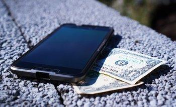 Apple y Samsung son las dos empresas que aceptan celulares como moneda de cambio.