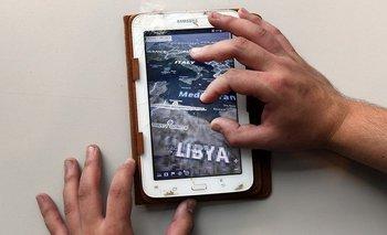 Se encontró una tableta Samsung en el campo de batalla en el oeste de Libia