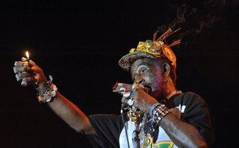 "El artista jamaiquino Lee ""Scratch"" Perry"