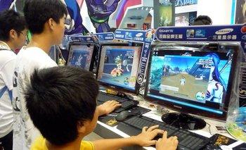 Los gamers chinos tienen más restricciones para jugar videojuegos.