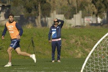 Rafa García bao la mirada de Ligüera
